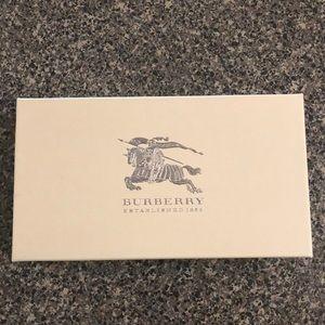 Original Burberry box!🌟